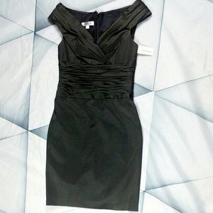 Kay Unger New York  Cocktail Dress